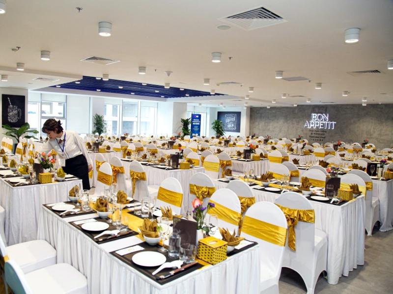 Tổ chức tiệc cuối năm tại Hà Nội ở đâu?