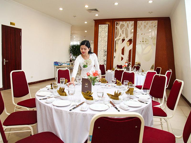 Dịch vụ tổ chức tiệc tại công ty chuyên nghiệp và đẳng cấp